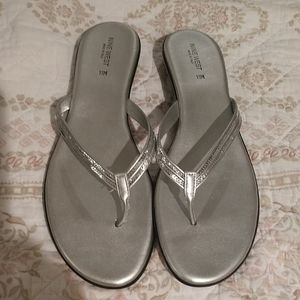 👌 New Silver Sandals Size 11